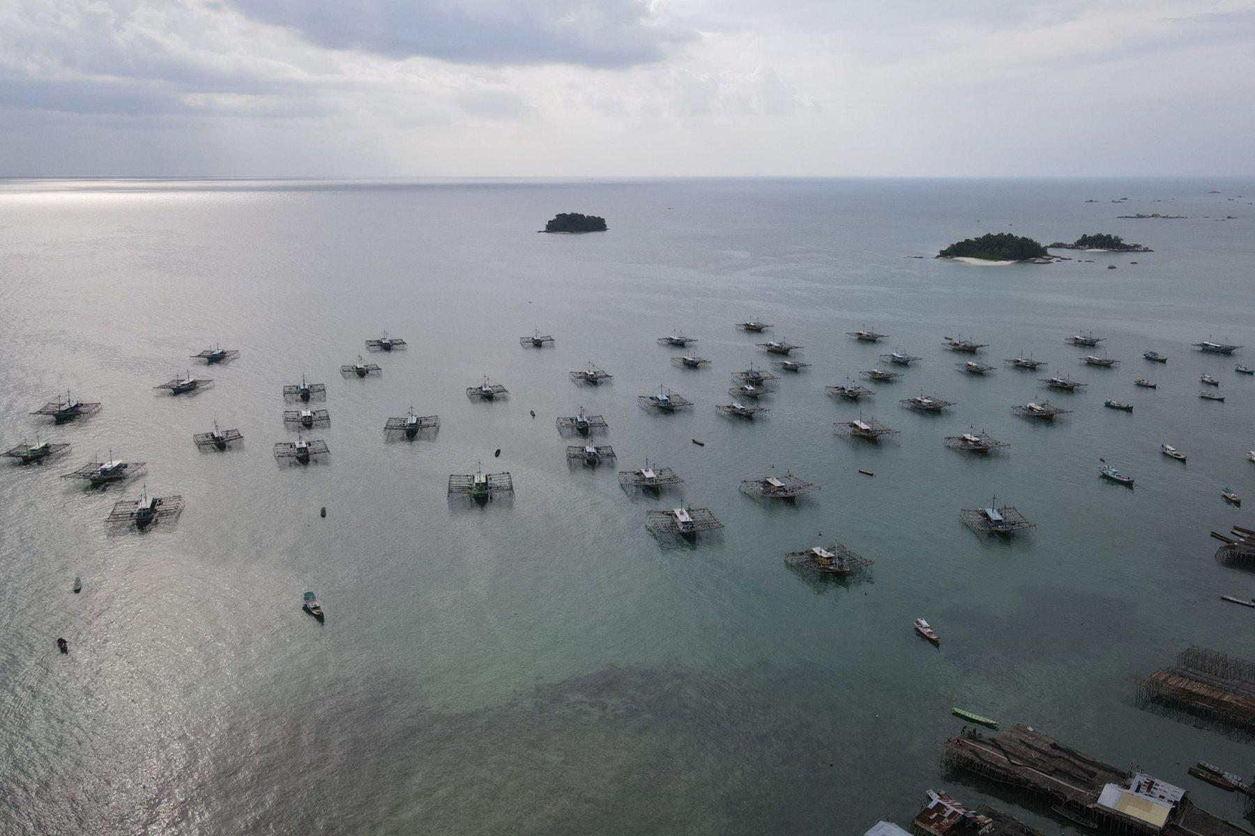Tampak Udara kapal bagan yang digunakan nelayan Desa Tanjung Binga untuk melaut pada 27 Juli 2020. JP/Donny Fernando